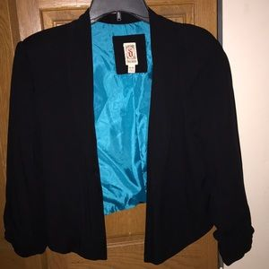 Decree short waisted blazer